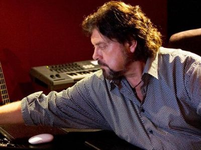 """Legendary Producer and Artist, Alan Parsons, Pronounces Aphex's Audio Xciter™ App """"The Ultimate Solution For Portable Music Listening"""""""
